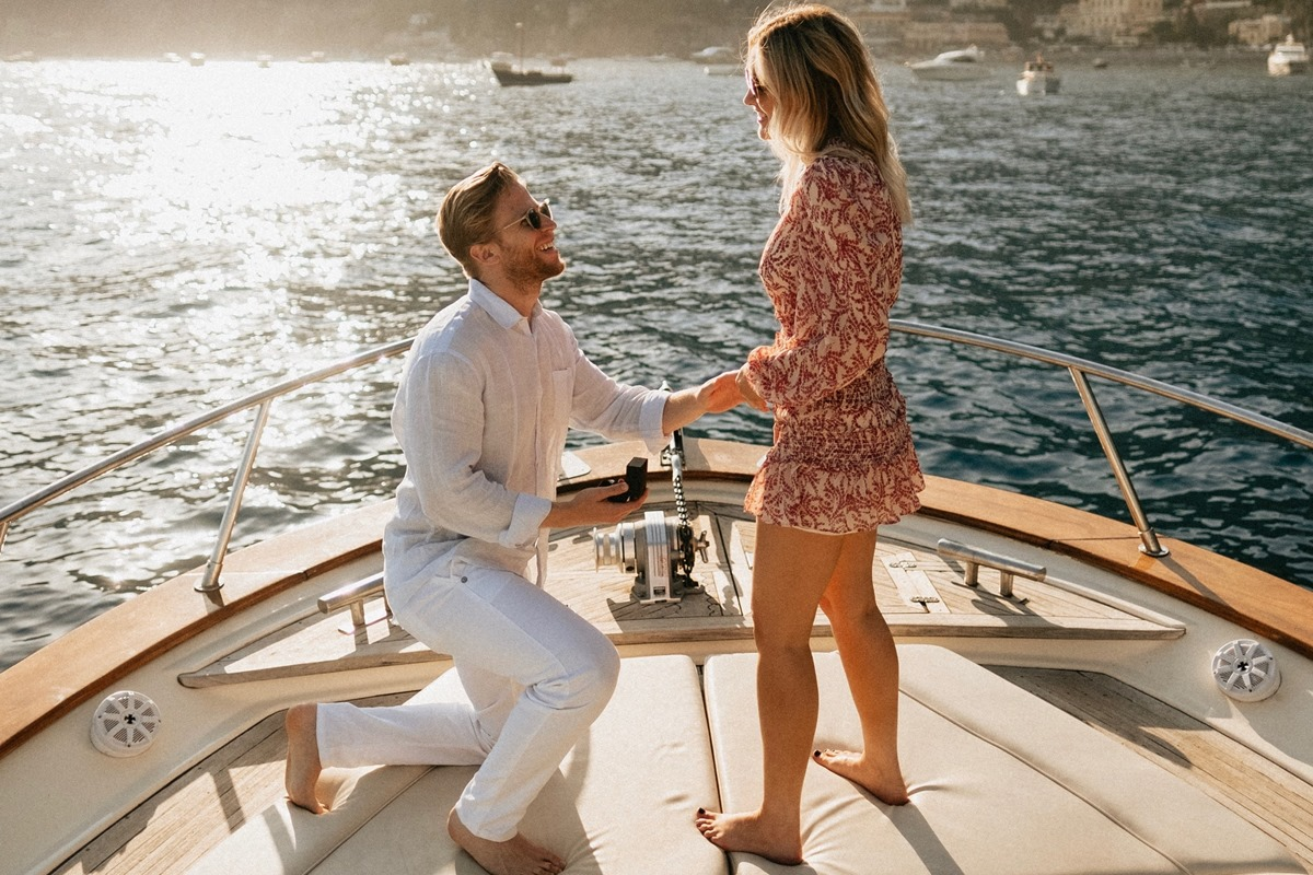 Just married on boat; author: weddingwire.com